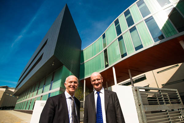 Nigel Weatherill with David Willetts- karm research Liverpool-med